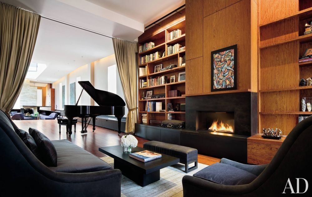 Contemporary Living Room and Charles Rose in New York City