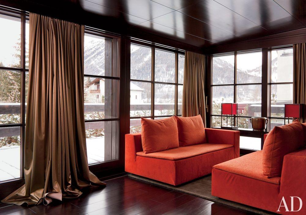 Contemporary Living Room in Saint Moritz, Switzerland
