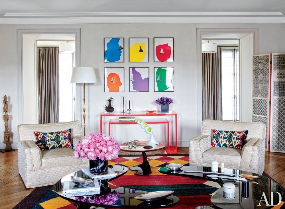 Contemporary Living Room by Veronica Toub and Laurent Bourgois in Paris, France