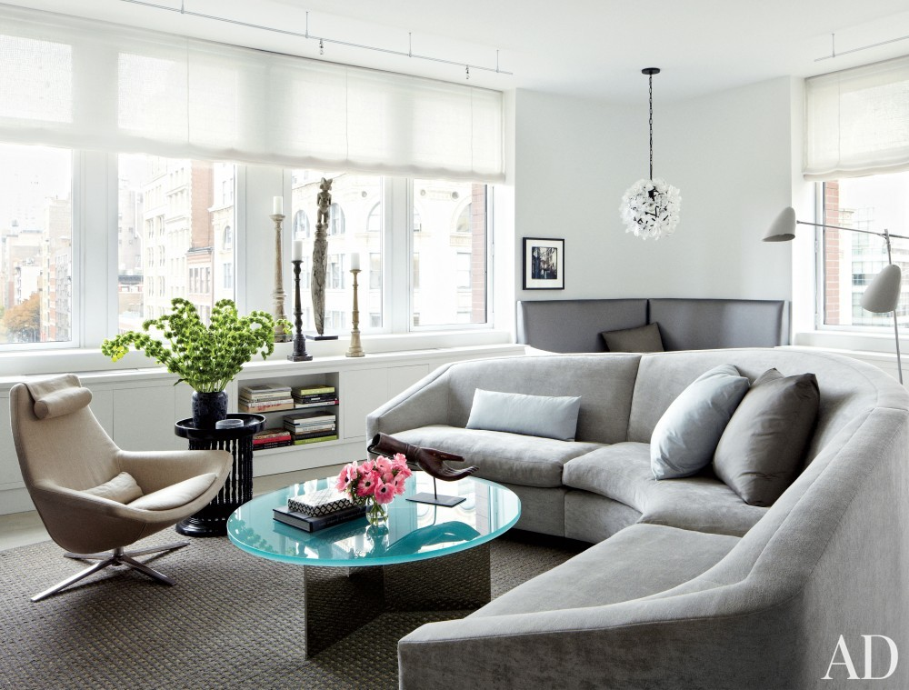 Contemporary Living Room by Vicente Wolf Associates Inc. in New York, New York