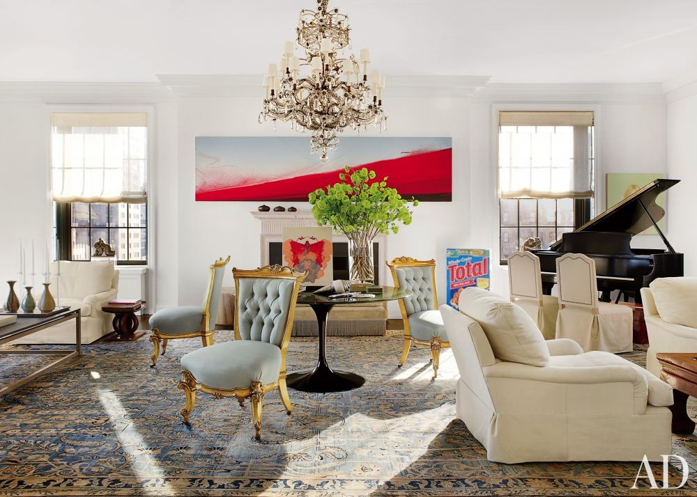 Contemporary Living Room by Vicente Wolf in New York, New York