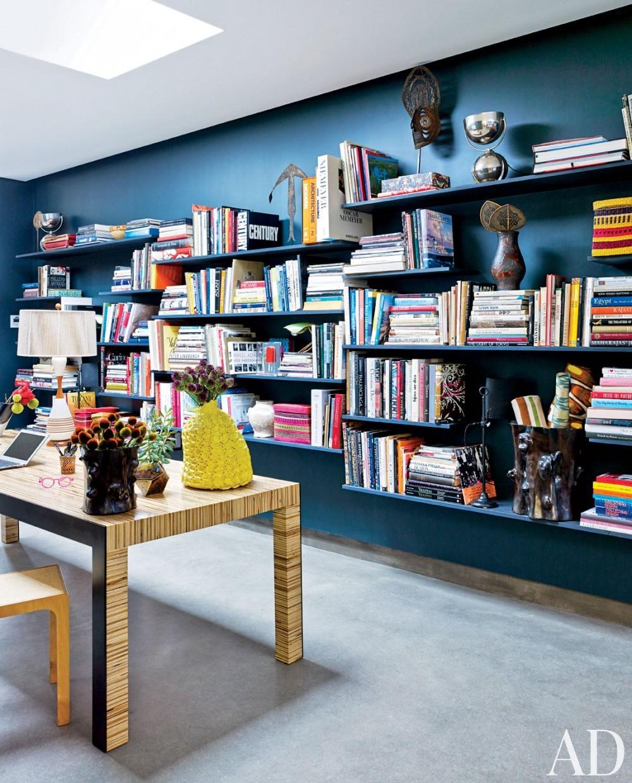 Contemporary Office/Library by Muriel Brandolini and Raffaella Bortoluzzi in Hampton Bays, New York