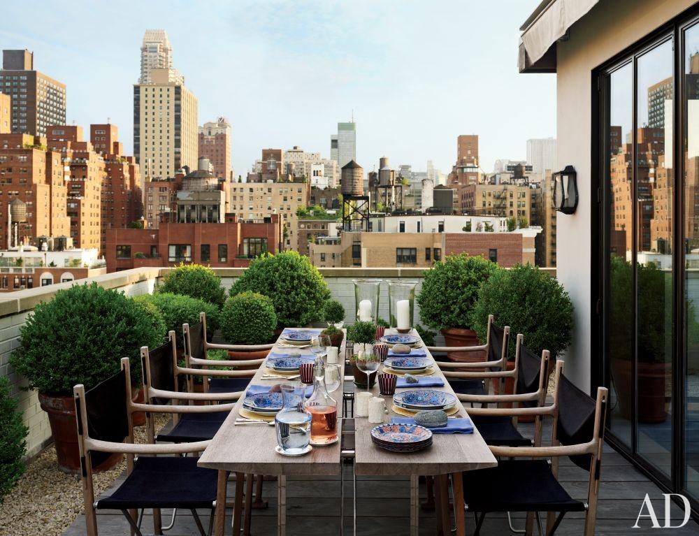 Contemporary Outdoor Space by Len Morgan in New York, New York