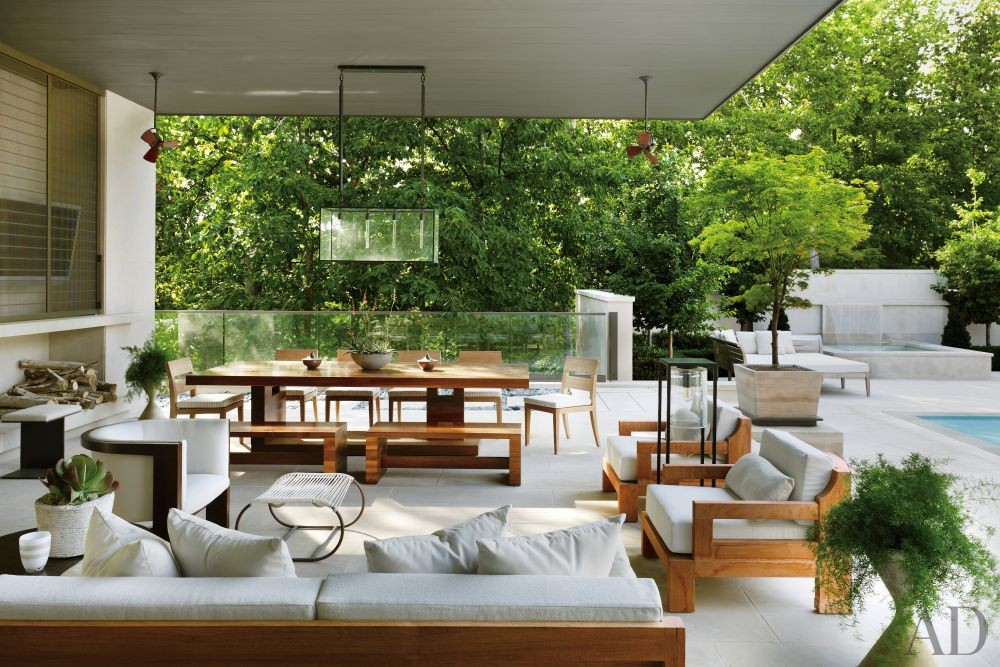 Contemporary Outdoor Space by McAlpine Booth & Ferrier Interiors and DA|AD in Nashville, Tennessee