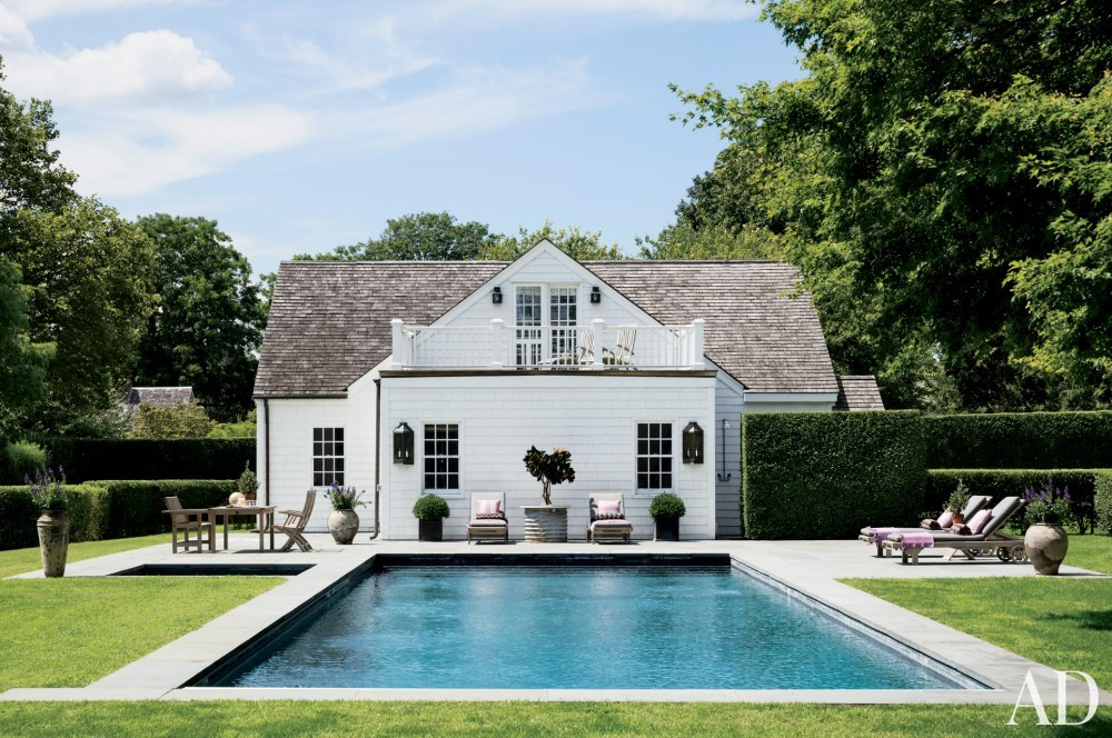 Contemporary Pool by Rebecca Bond in Bridgehampton, New York