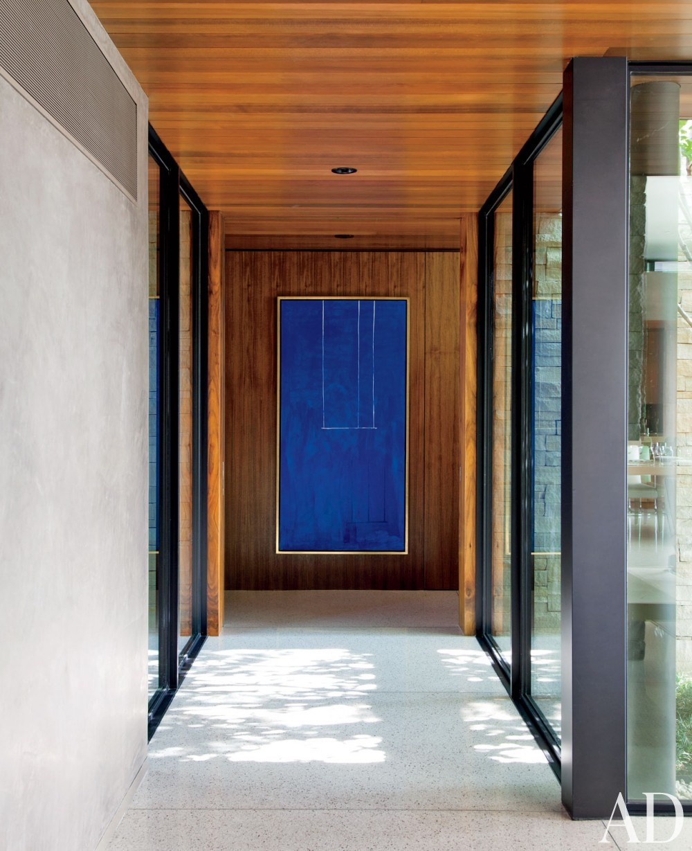 Contemporary Staircase/Hallway by Boehm Design Associates and Marmol Radziner in Beverly Hills, California