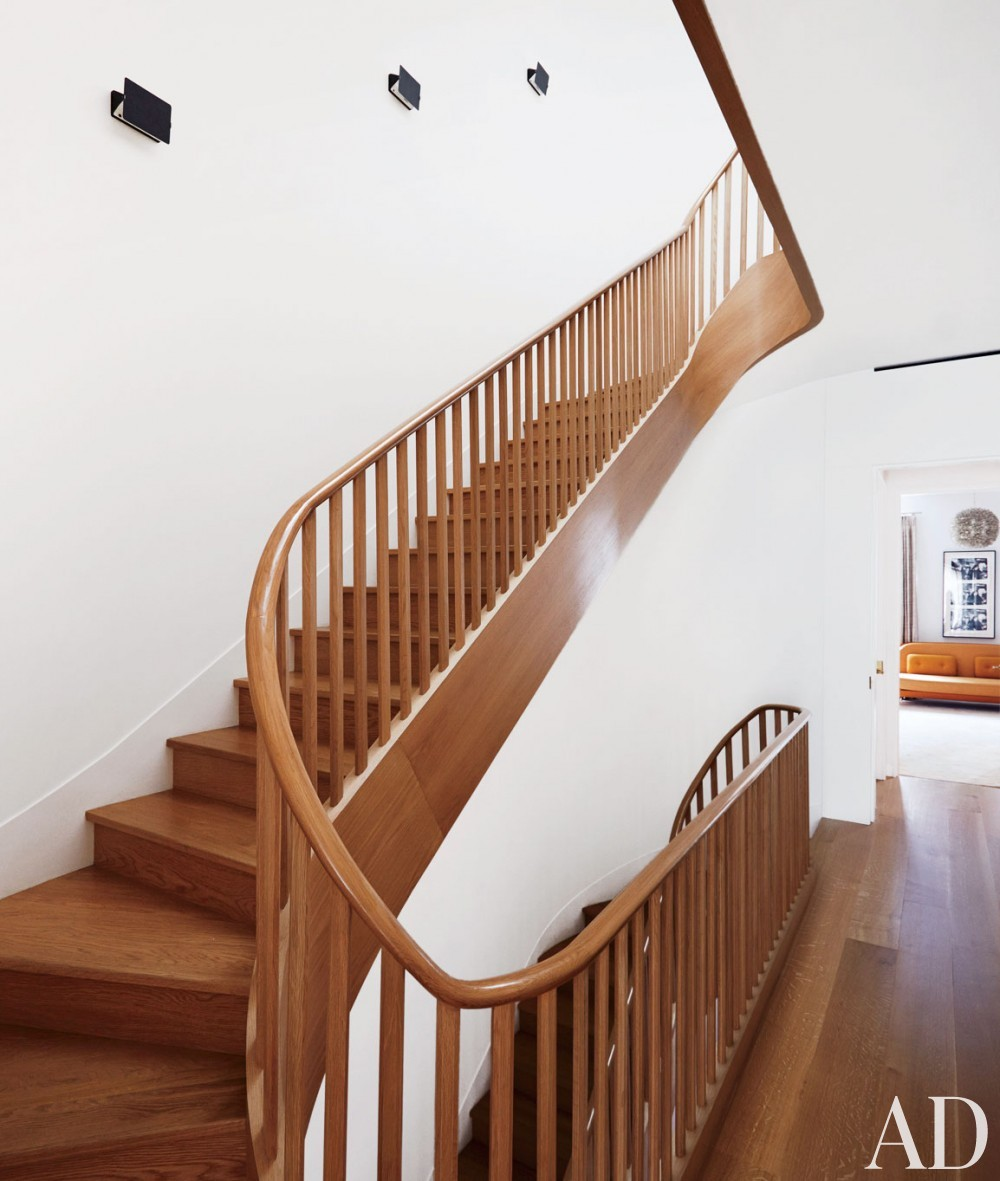 Contemporary Staircase/Hallway by D'Apostrophe Design and Selldorf Architects in New York, New York