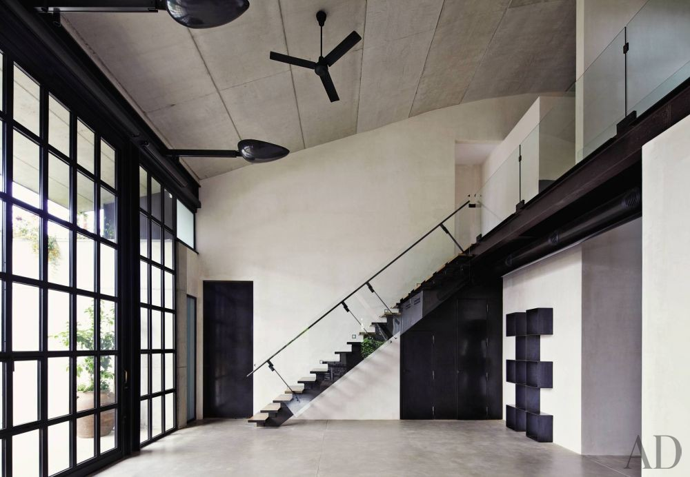 Contemporary Staircase/Hallway and Olson Kundig Architects in Sitges, Spain