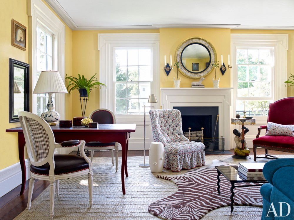 Traditional Living Room by Harry Heissmann and Jonathon Parisen in Hudson Valley, NY