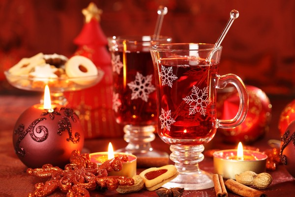 Traditional Christmas Drinks From Around the World by Ashley_Mills ...