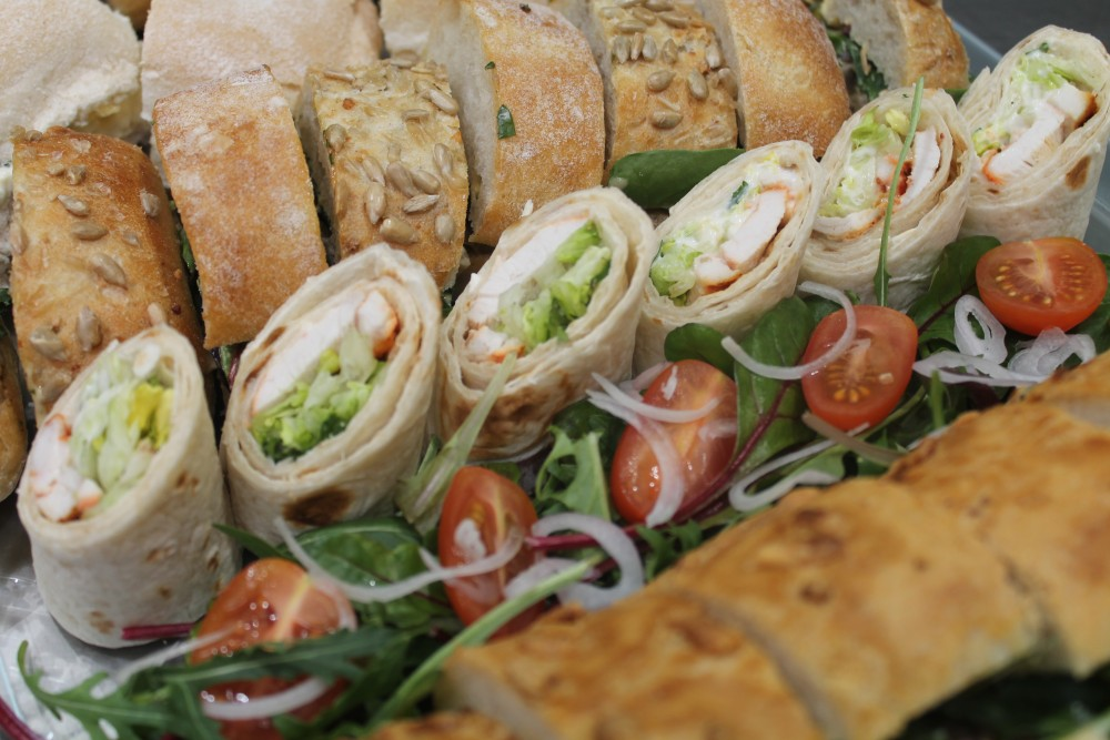 The best corporate lunch catering services by amy white for Best catering