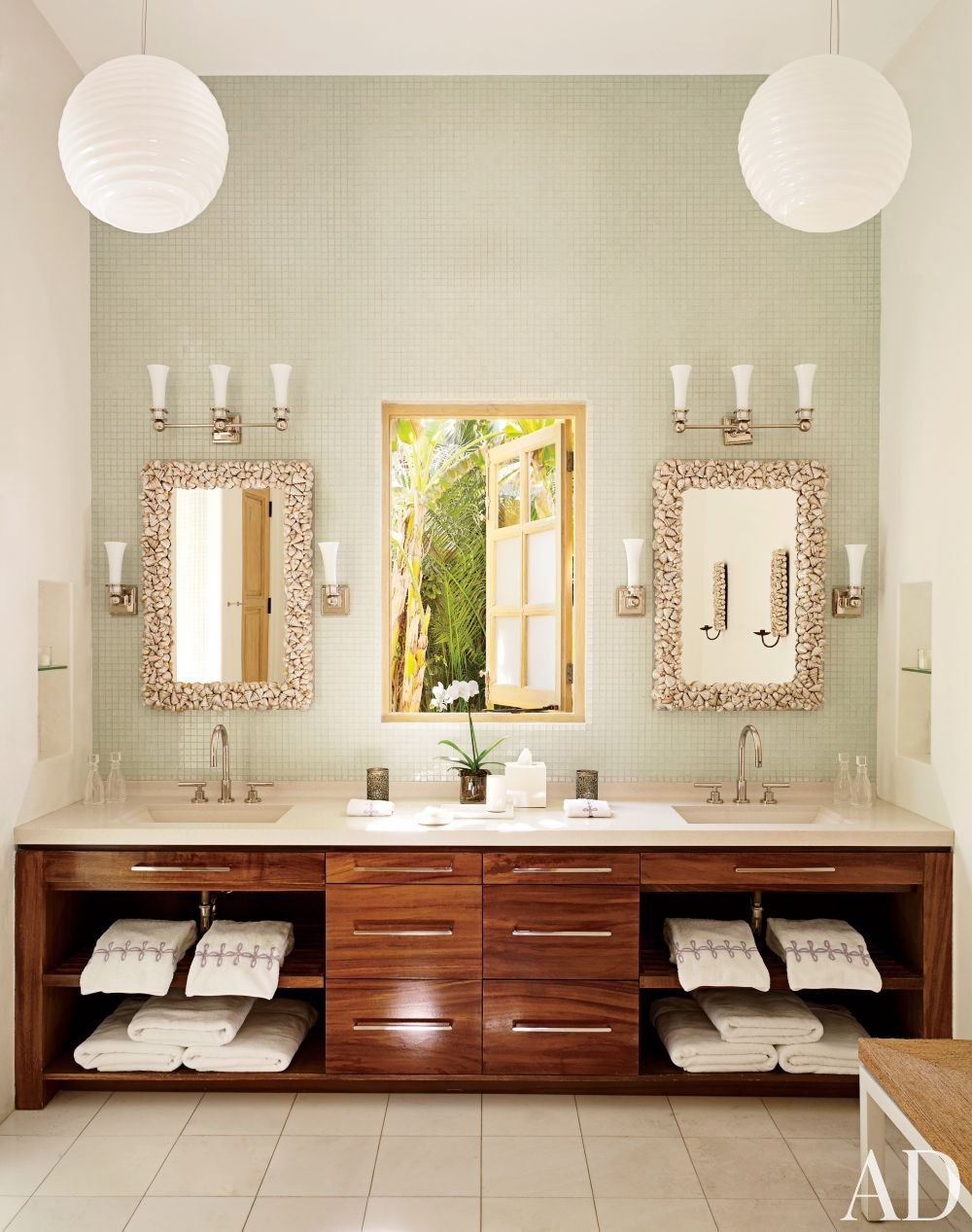 Exotic Bathroom by Marshall Watson Interiors and Stephen Morgan Architect in San José del Cabo, Mexico