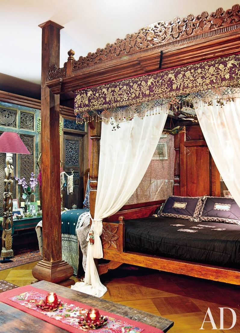 Exotic bedroom by leksmono santoso designs by for Home decor jakarta