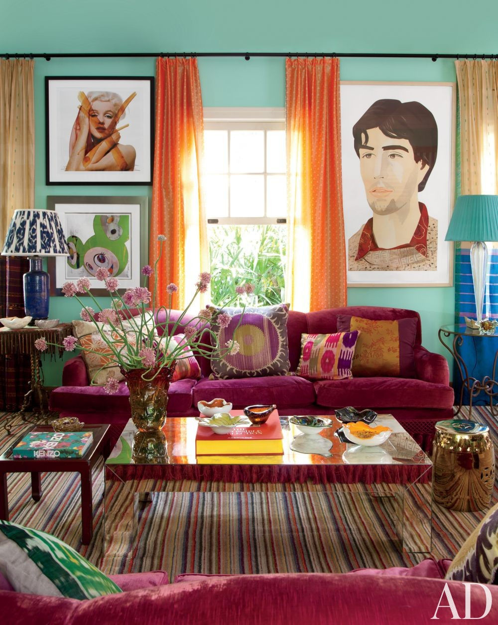 Exotic Living Room by Sig Bergamin in São Paulo, Brazil