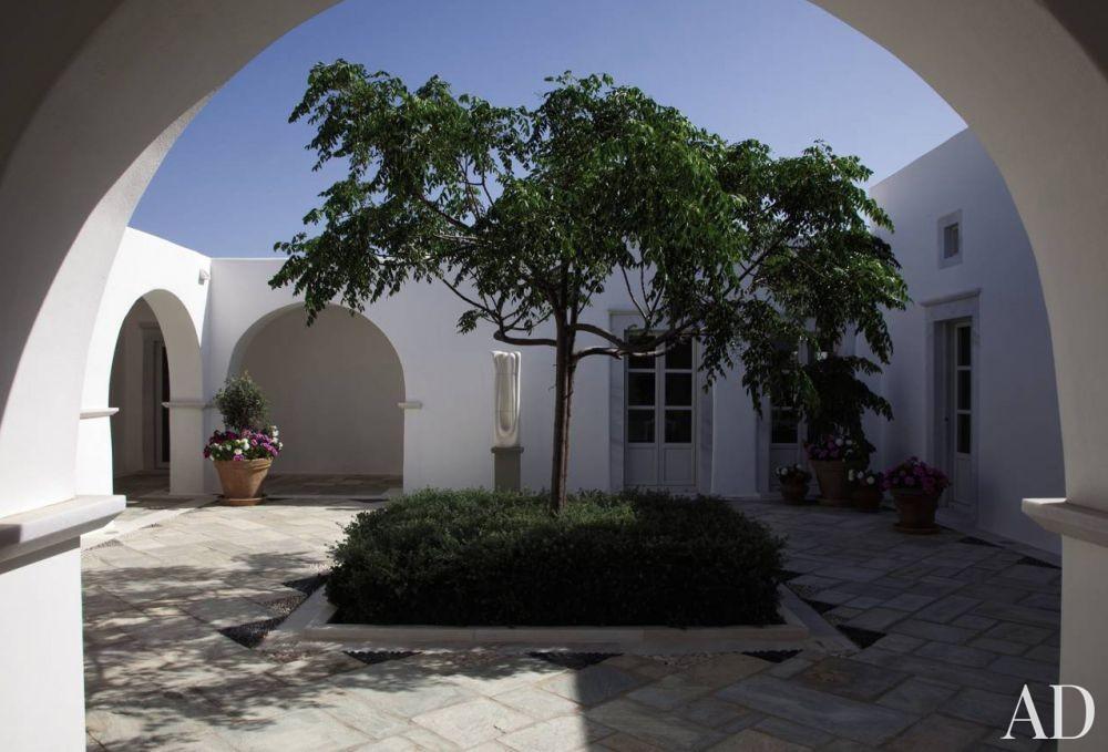 Exotic Outdoor Space by Mark Gaudette and Torsten Bessel in Paros, Greece