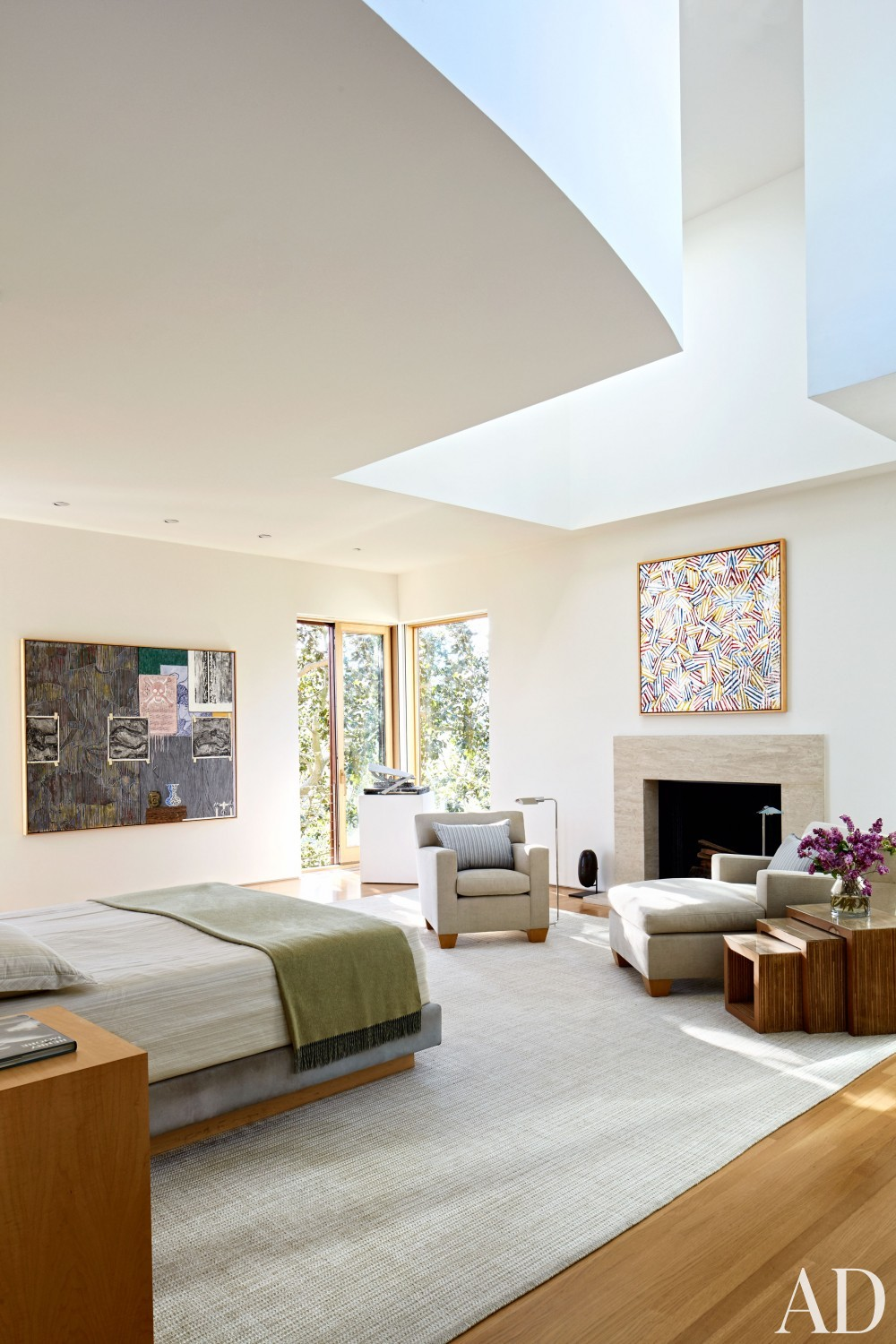 Modern Bedroom by Rose Tarlow and Langdon Wilson in Brentwood, CA