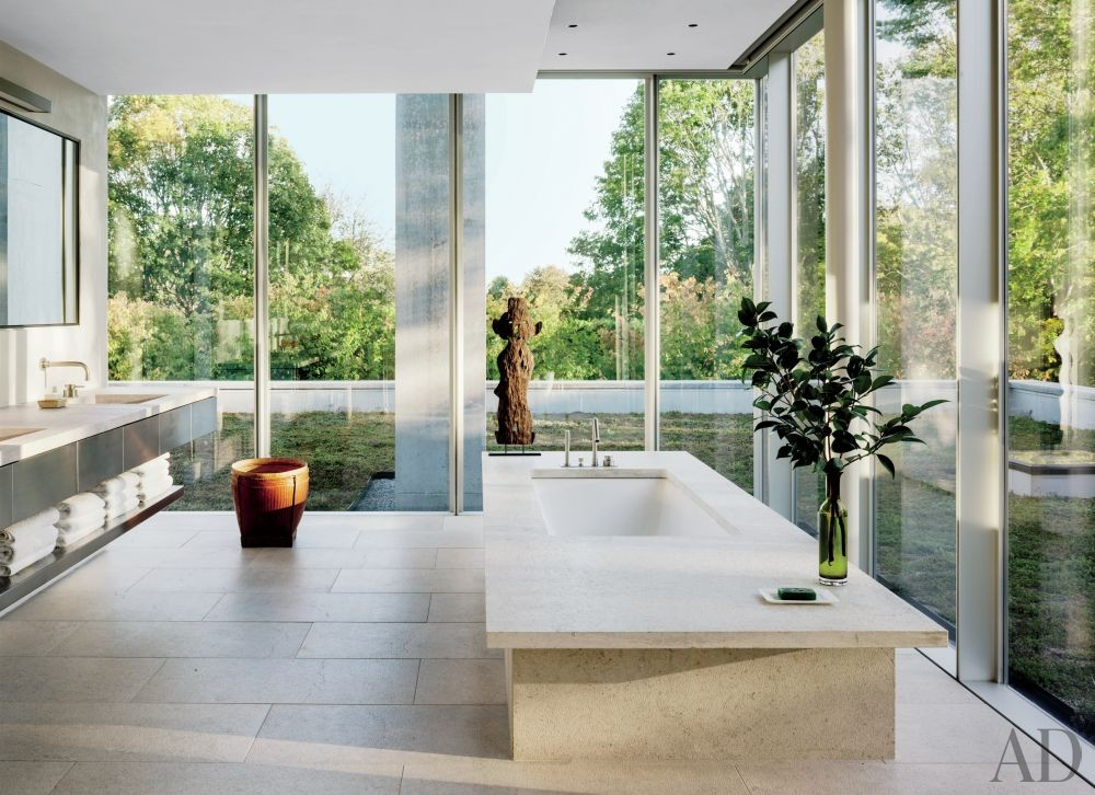 Modern Bathroom and Tod Williams Billie Tsien Architects in Amagansett, New York