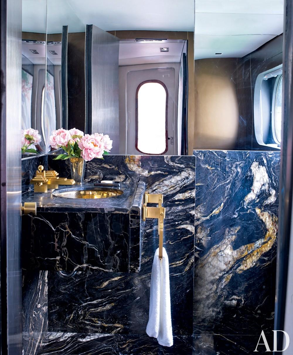 Modern Bathroom by Joanne de Guardiola and Jon Bannenberg