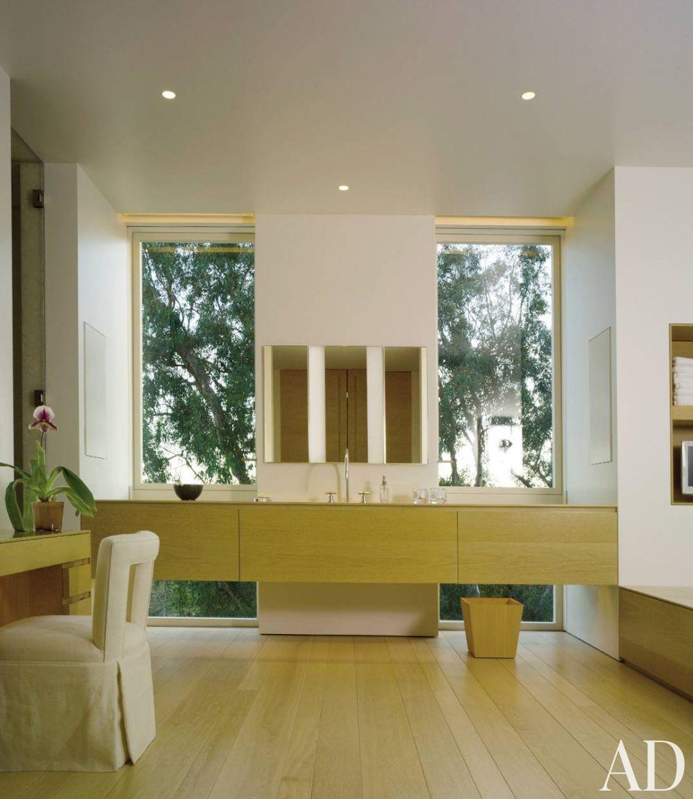 Modern Bathroom by John Pawson Ltd. and John Pawson Ltd. in Los Angeles, California