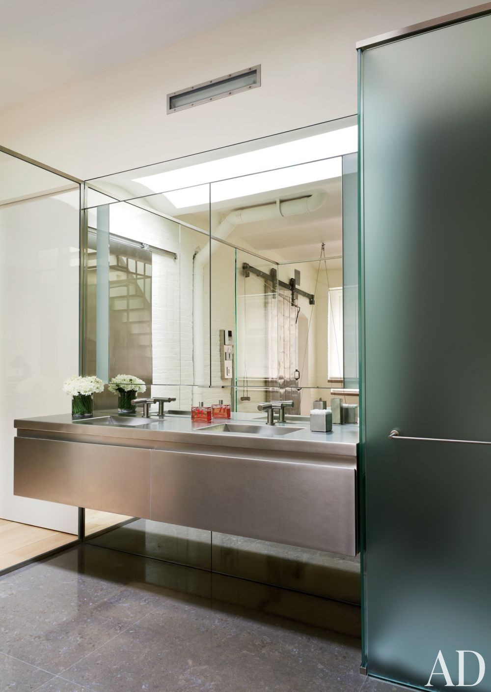 Modern Bathroom by MR Architecture + Décor in New York City
