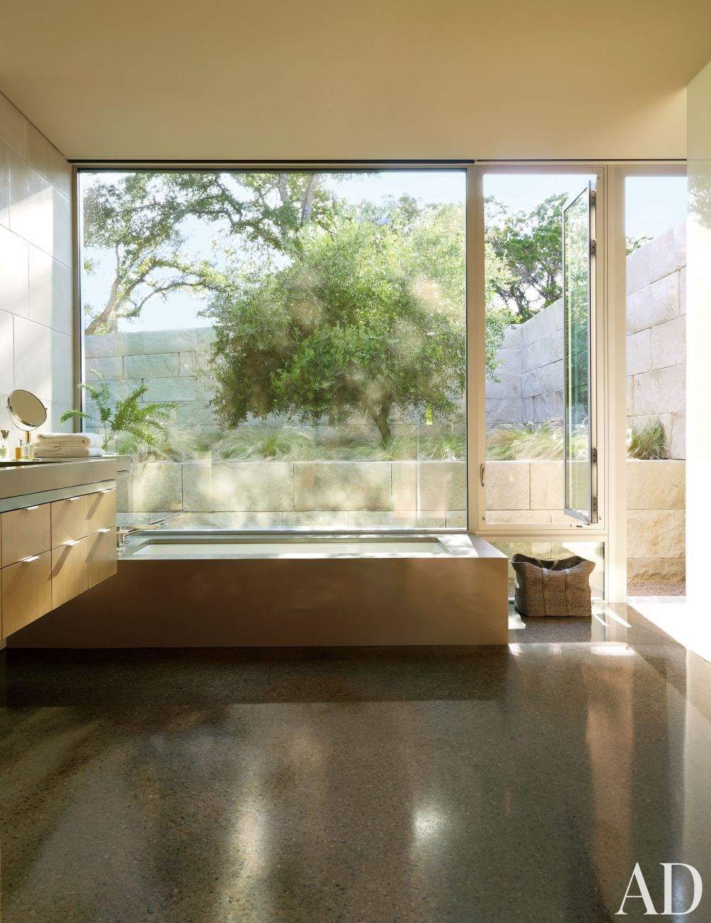 Modern Bathroom by Terry Hunziker Inc. and Lake | Flato Architects in Austin, Texas