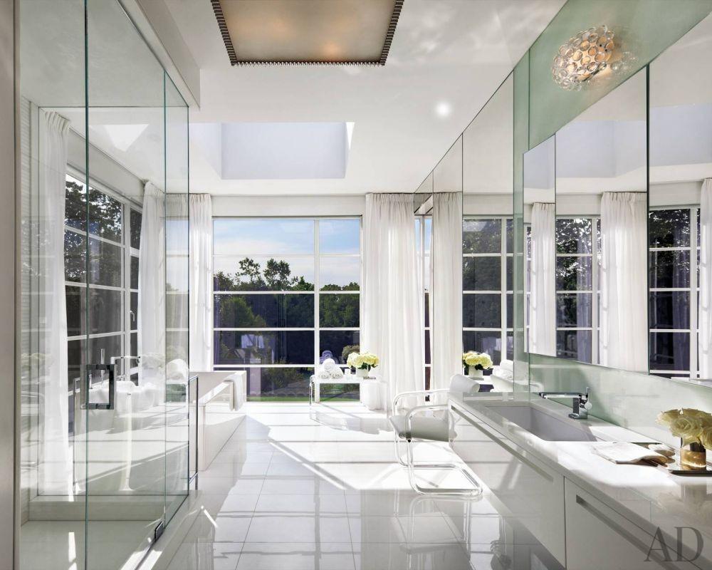Modern Bathroom by Victoria Hagan Interiors and Allan Greenberg Architect in Greenwich, Connecticut