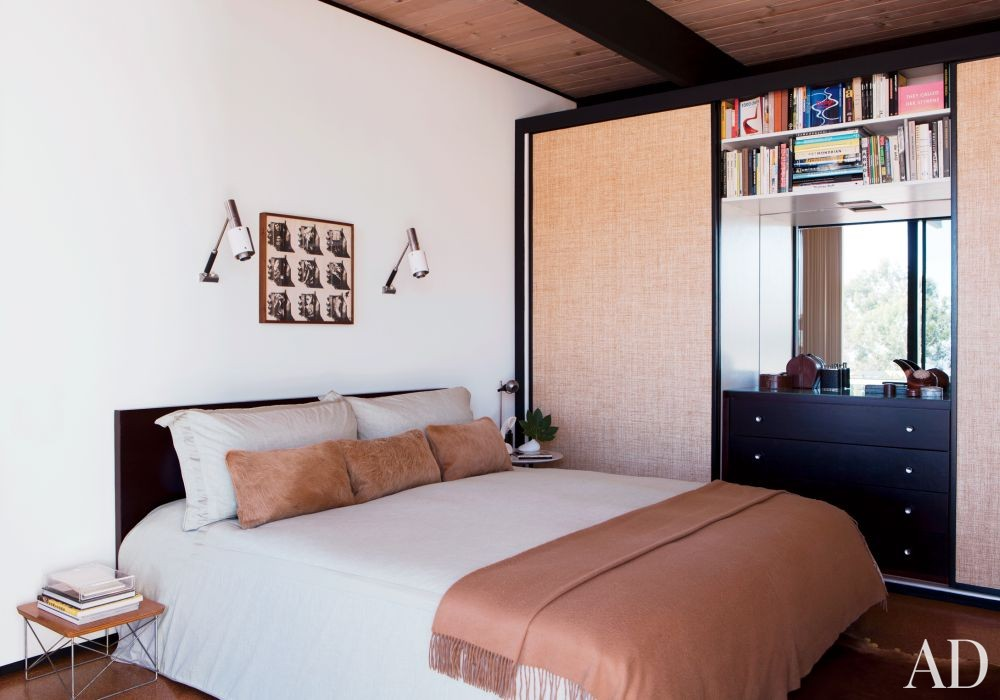 Modern Bedroom by BoydDesign and BoydDesign in Malibu, California
