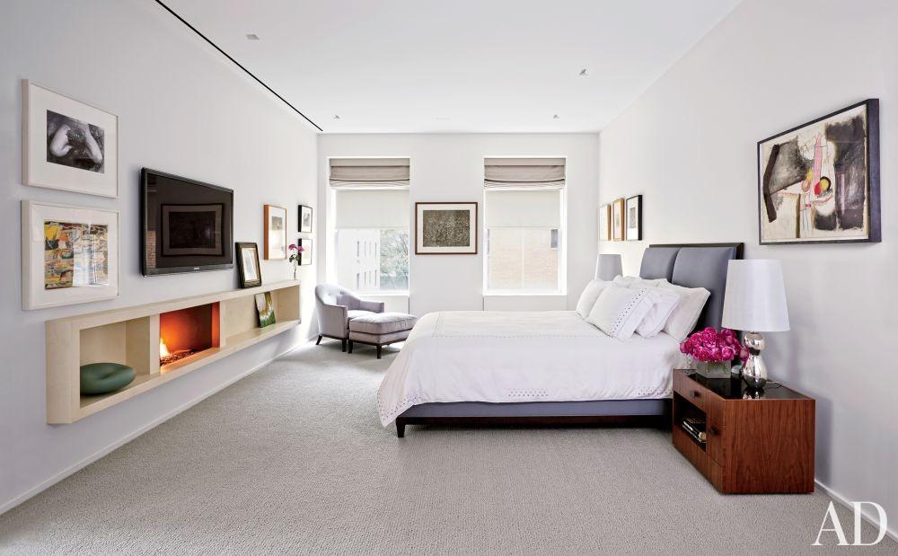 Modern Bedroom by D\'Apostrophe Design Inc. in New York, New York