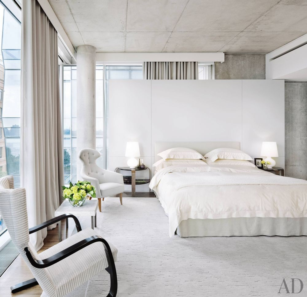 Modern Bedroom by Shelton, Mindel & Associates in New York, New York