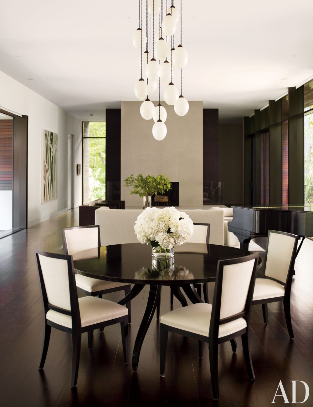 Modern Dining Room by Carrier and Co. Interiors and Specht Harpman Architects in New Canaan, Connecticut