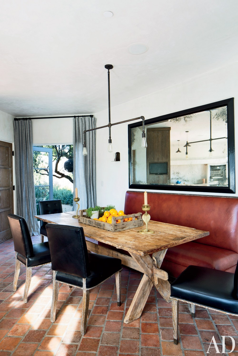 Modern Dining Room by Martyn Lawrence Bullard Design in Los Angeles, CA
