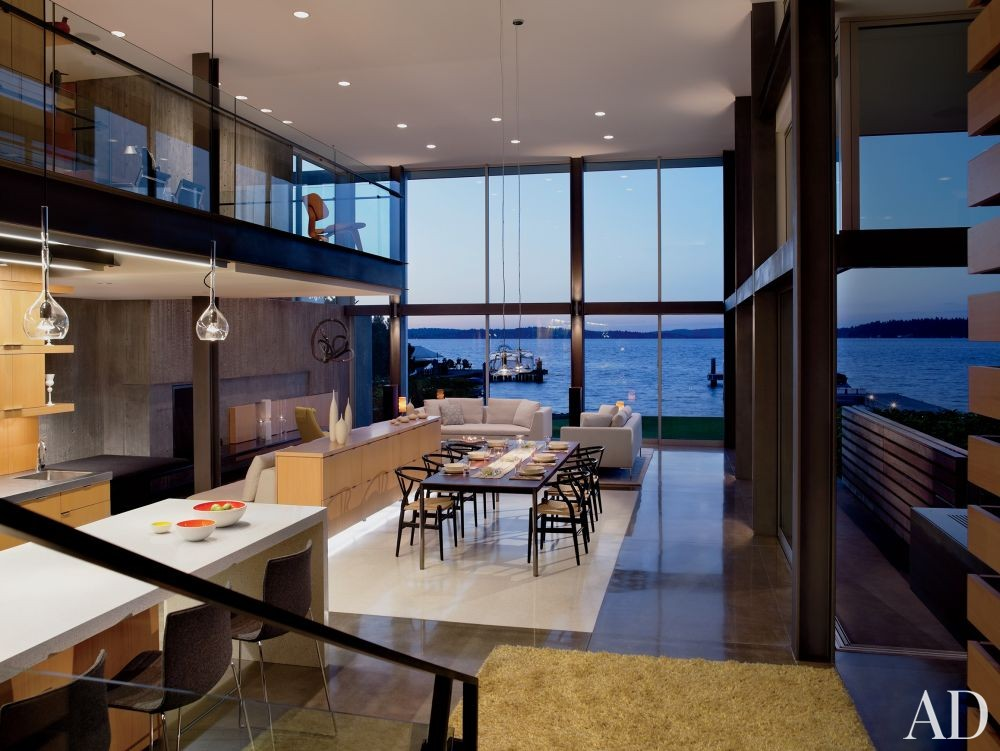 Modern Dining Room by Stretch Design and E. Cobb Architects in Mercer Island, Washington