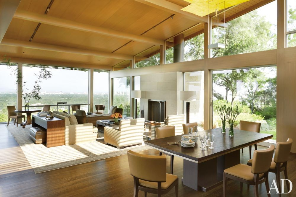 Modern Dining Room by Terry Hunziker Inc. and Lake | Flato Architects in Austin, Texas