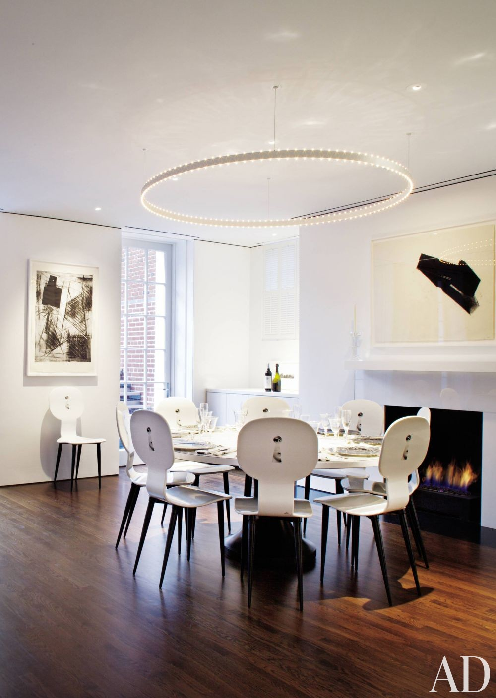 Modern Dining Room and Jacobsen Architecture in Washington, D.C.