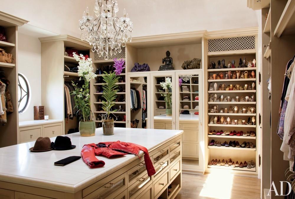 Modern Dressing Room/Closet by Joan Behnke & Associates Inc. and Landry Design Group Inc. in Los Angeles, California
