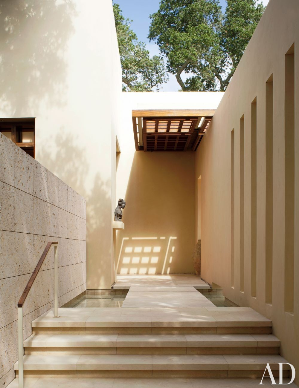 Modern Entrance Hall by April Powers and Backen, Gillam & Kroeger Architects in Woodside, California