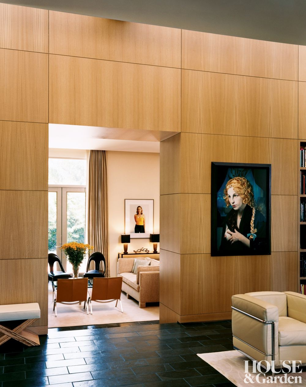Modern entrance hall by lee ledbetter by architectural for Modern entrance hall