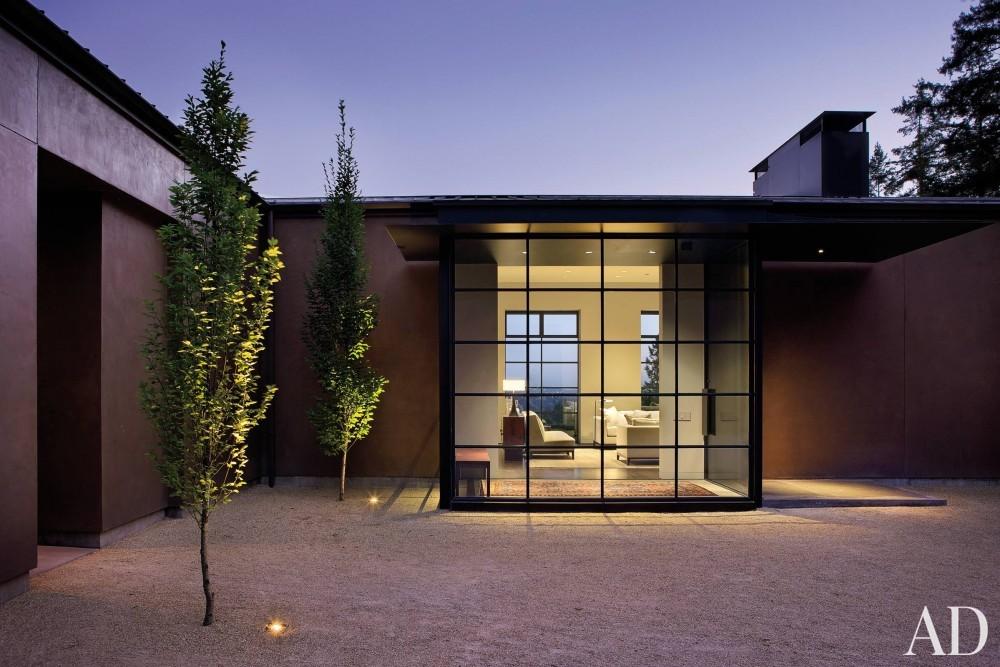 Modern Entrance Hall by Olson Kundig Architects and Olson Kundig Architects in Portland, OR