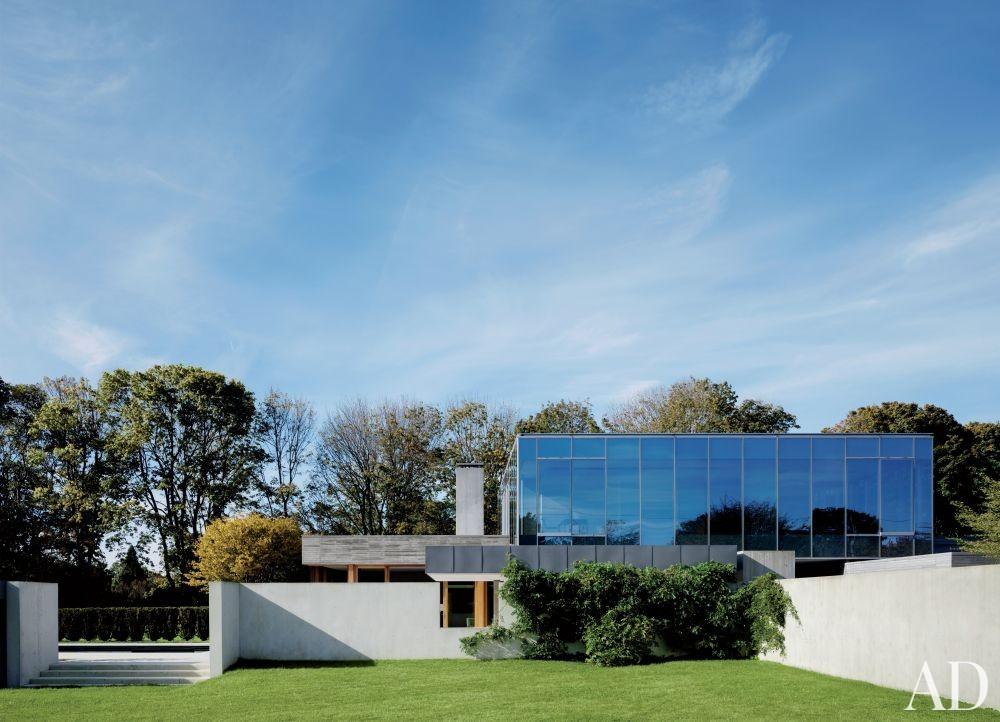 Modern Exterior and Tod Williams Billie Tsien Architects in Amagansett, New York