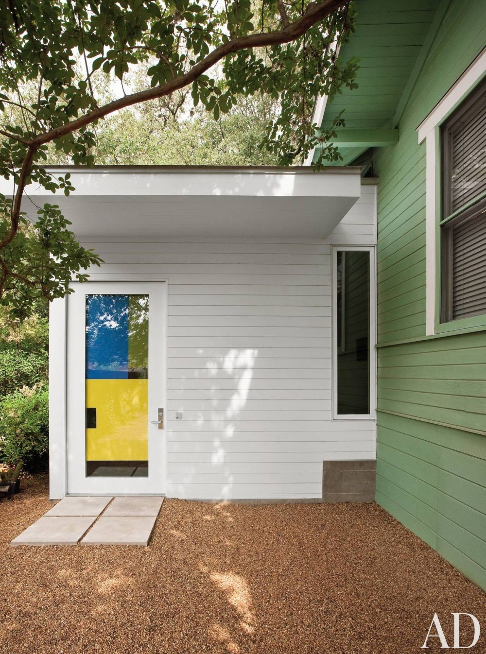 Modern Exterior and Miró Rivera Architects in Austin, Texas
