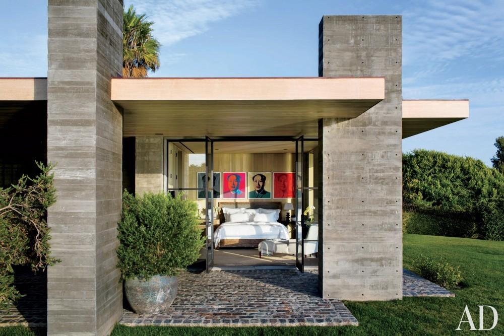 Modern Exterior by Denise Kuriger and Scott Mitchell in Malibu, California