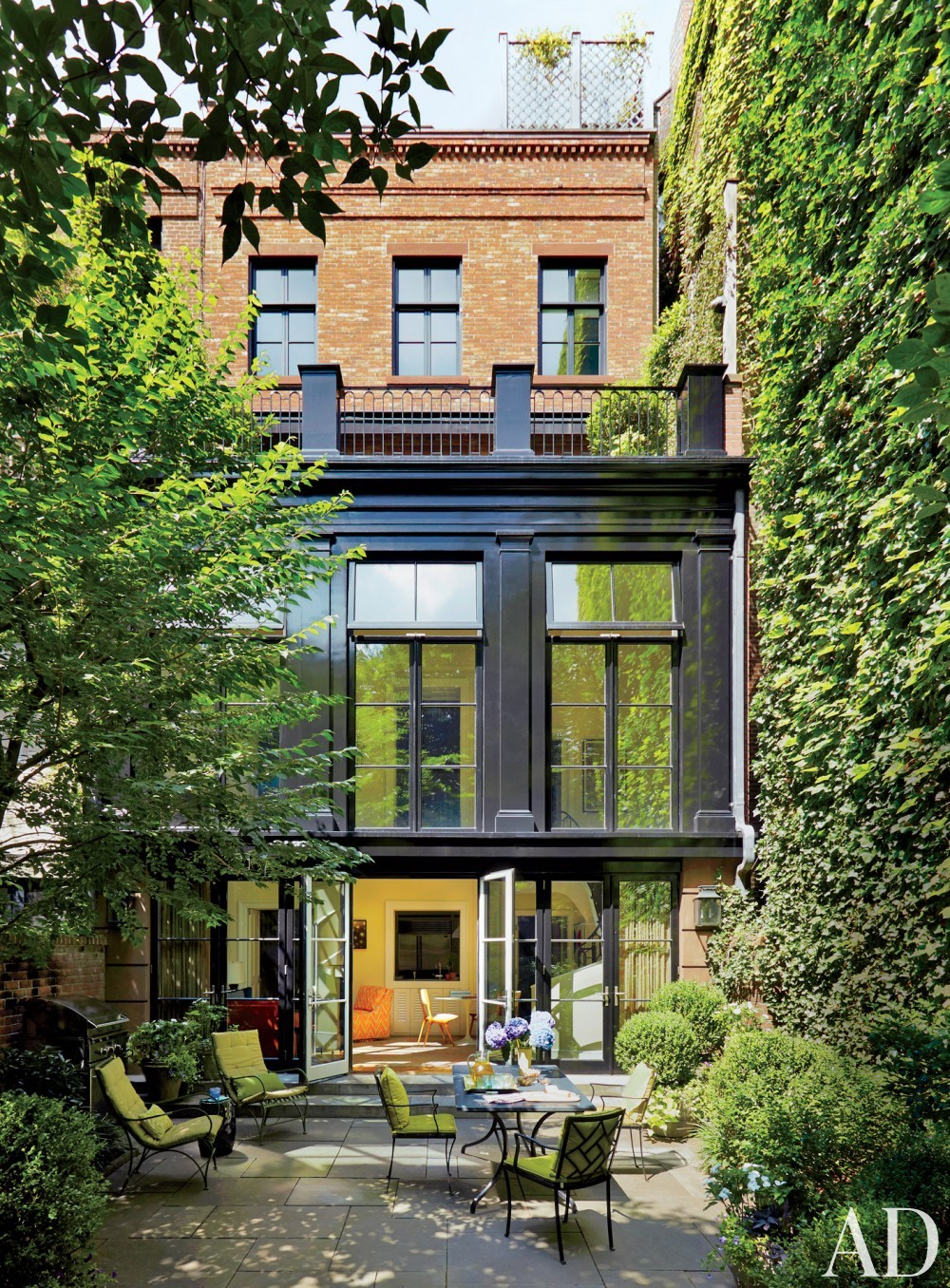 Modern Exterior and Robert A.M. Stern Architects in Greenwich Village, NY