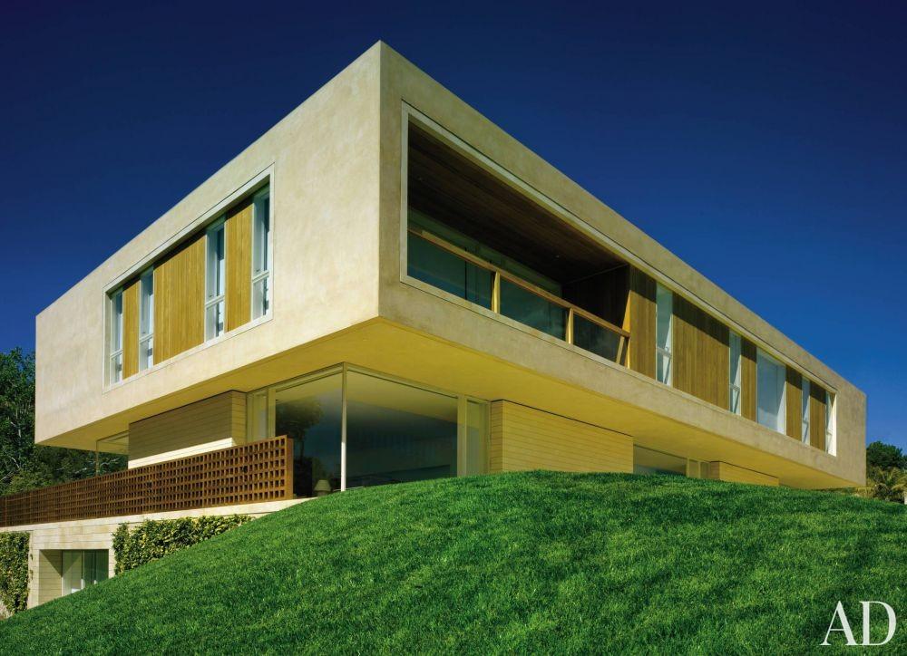 Modern Exterior by John Pawson Ltd. and John Pawson Ltd. in Los Angeles, California