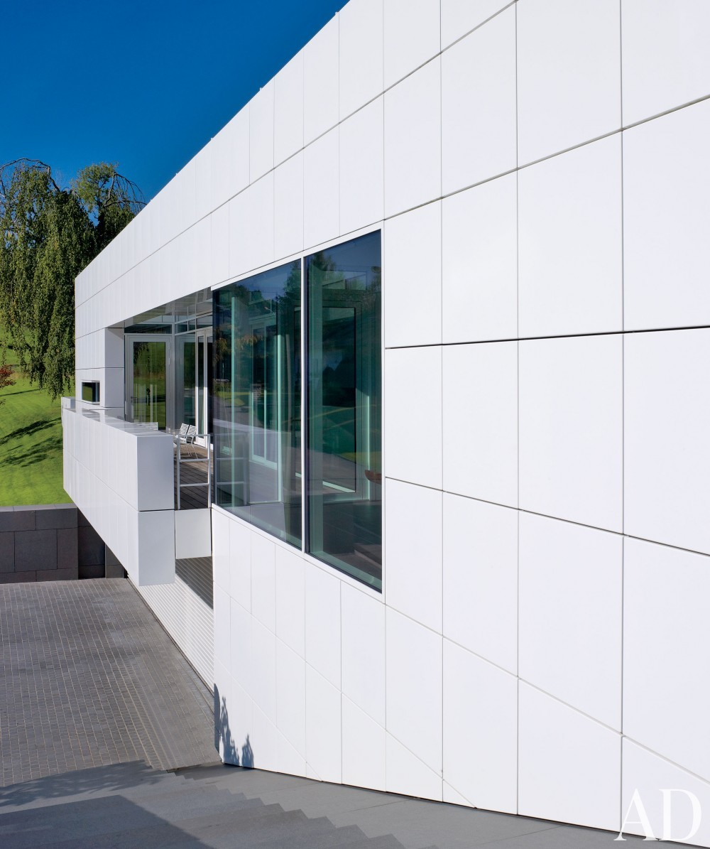 Modern Exterior by Richard Meier & Partners Architects and Richard Meier & Partners Architects in Luxembourg