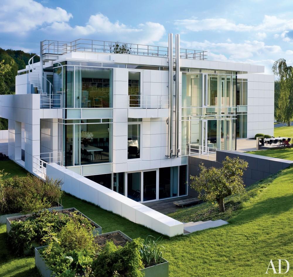 Modern Exterior by Richard Meier & Partners Architects and Richard Meier & Partners Architects in Luxembourg