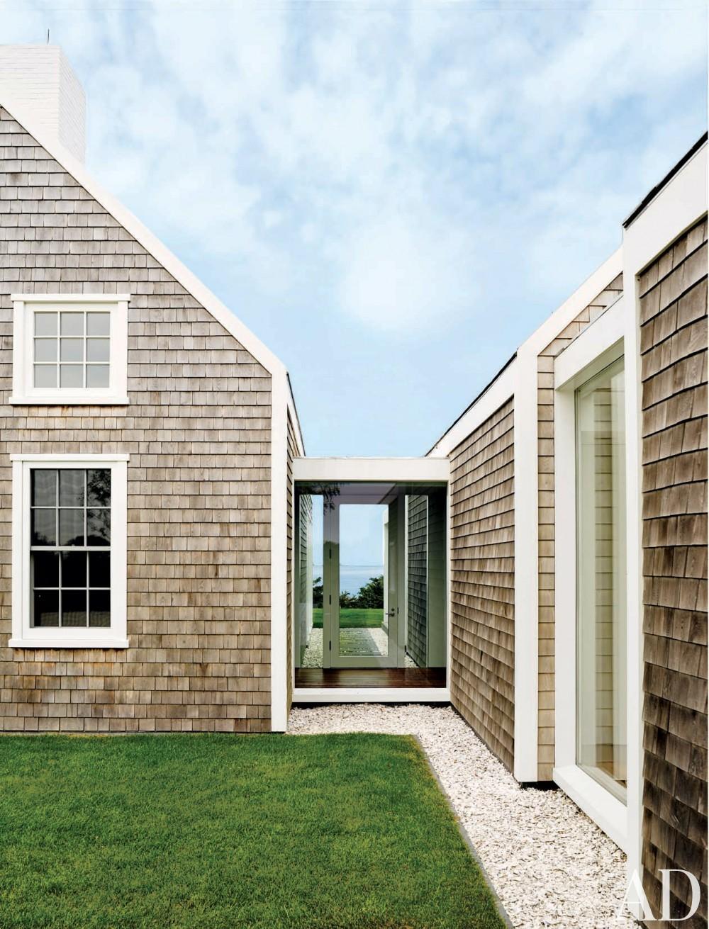Modern Exterior by Simon Jacobsen and Jacobsen Architecture in Nantucket, Massachussetts