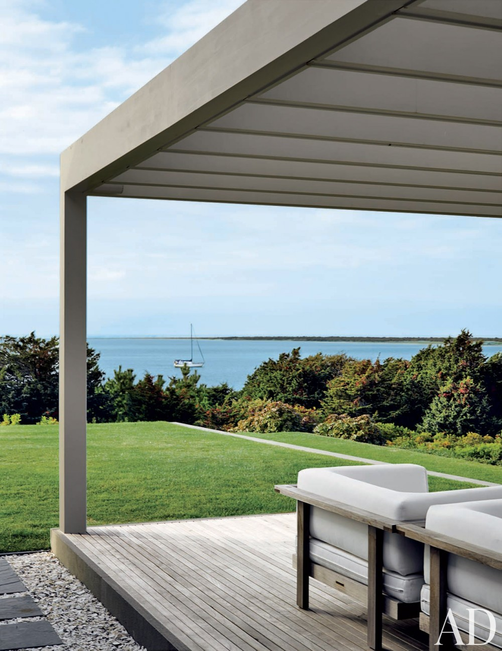Modern Exterior by Simon Jacobsen and Jacobsen Architecture in Nantucket, Massachussetts