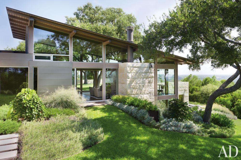 Modern Exterior by Terry Hunziker Inc. and Lake | Flato Architects in Austin, Texas
