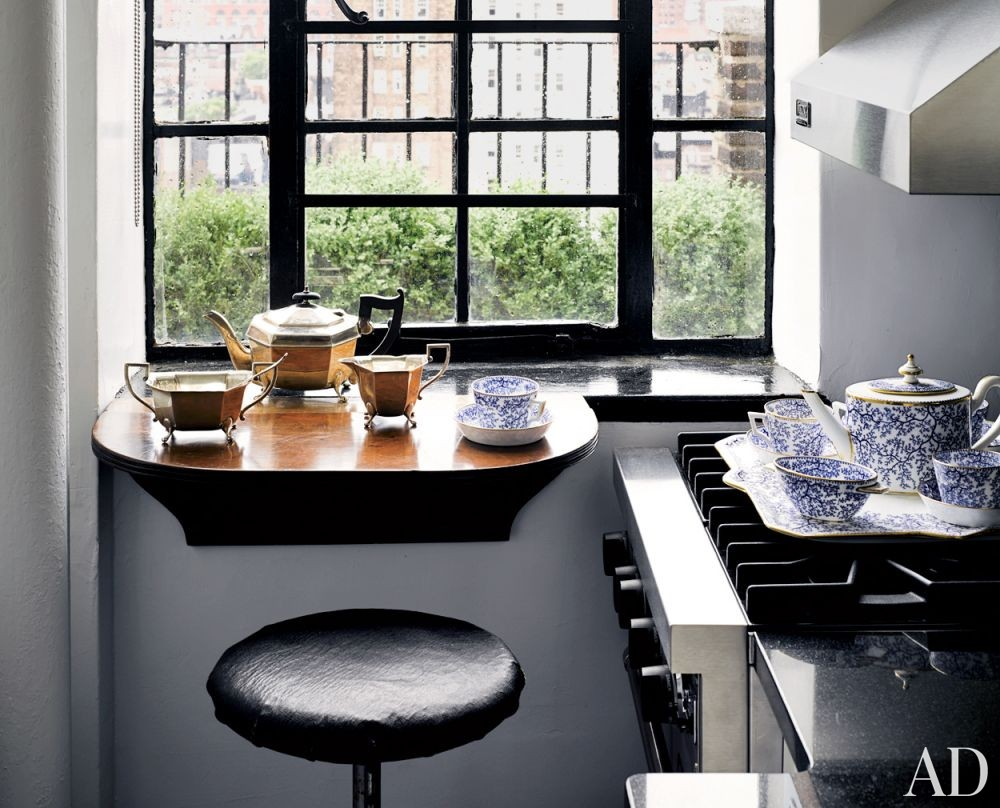 Modern Kitchen by Biscaye Frères in New York, New York