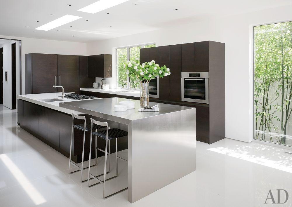 Modern Kitchen by Magni Design in Beverly Hills, California